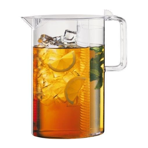 Clear Bodum Ceylon Ice Tea Jug filled with tea, ice, and lemon slices.