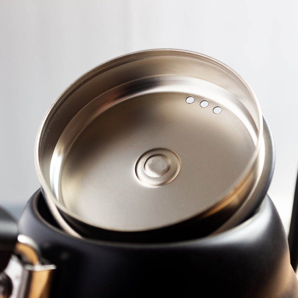 Lid for a Hario V60 Buono Coffee Drip kettle.