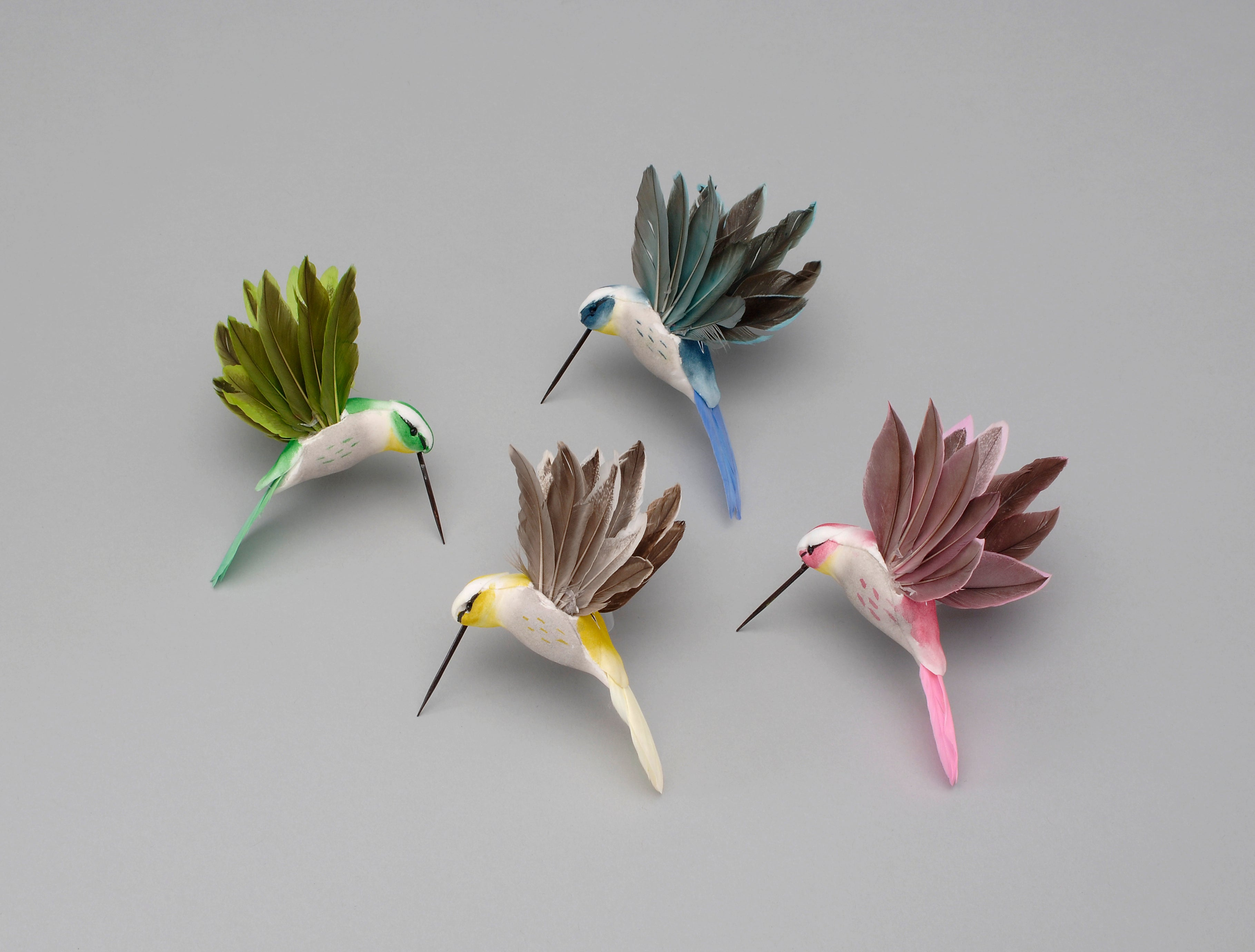 "AH59244 ASST. 4.5""X3.5"" FEATHER HUMMINGBIRD"