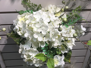 VHYX1178 HYDRANGEA SPRAY  CREAM