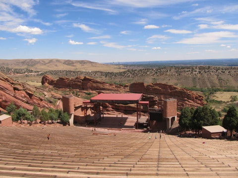 red rocks empty