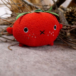Tomato mini plush soft toy for children 'Ricetomato' in red