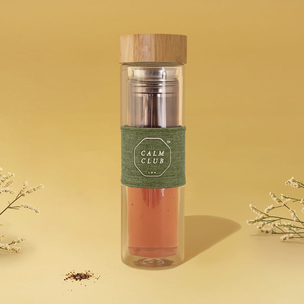 Tea infuser bottle portable travel on the go in glass and bamboo