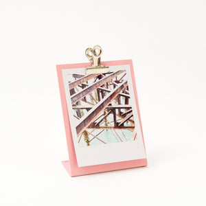 Small clipboard frame in soft pink