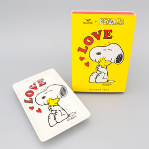 Load image into Gallery viewer, Snoopy Trinket Tray with Peanuts Snoopy Dog 'Love' White