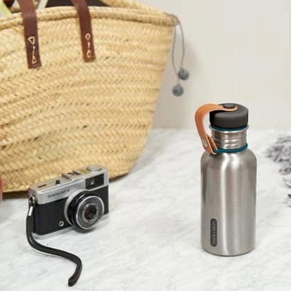 Water bottle from stainless steel in Ocean blue