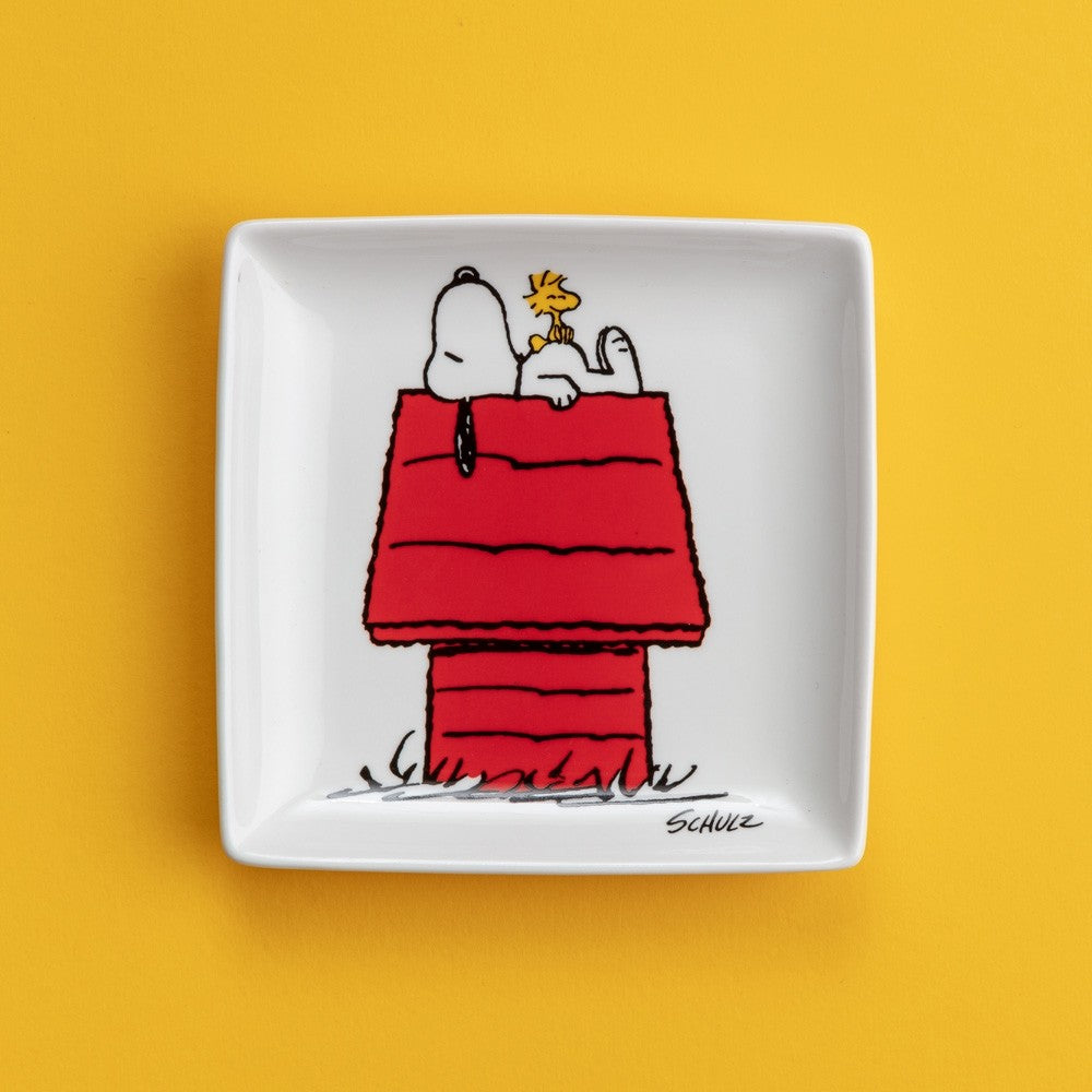 Load image into Gallery viewer, Snoopy Trinket Tray with Peanuts Comic Cartoon 'Home' White