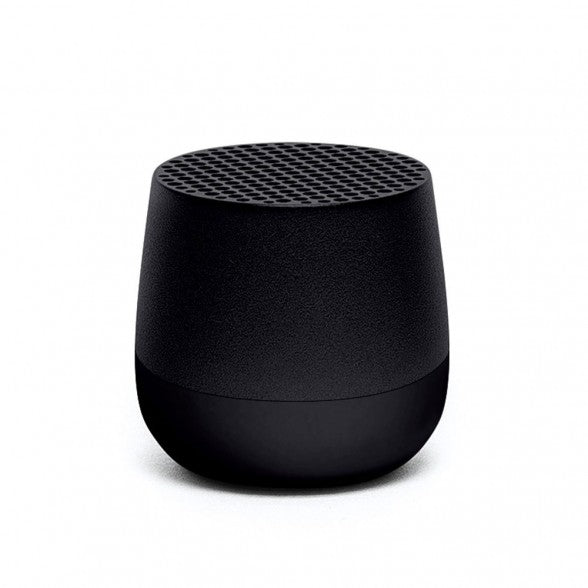 Ultra-portable bluetooth speaker in black