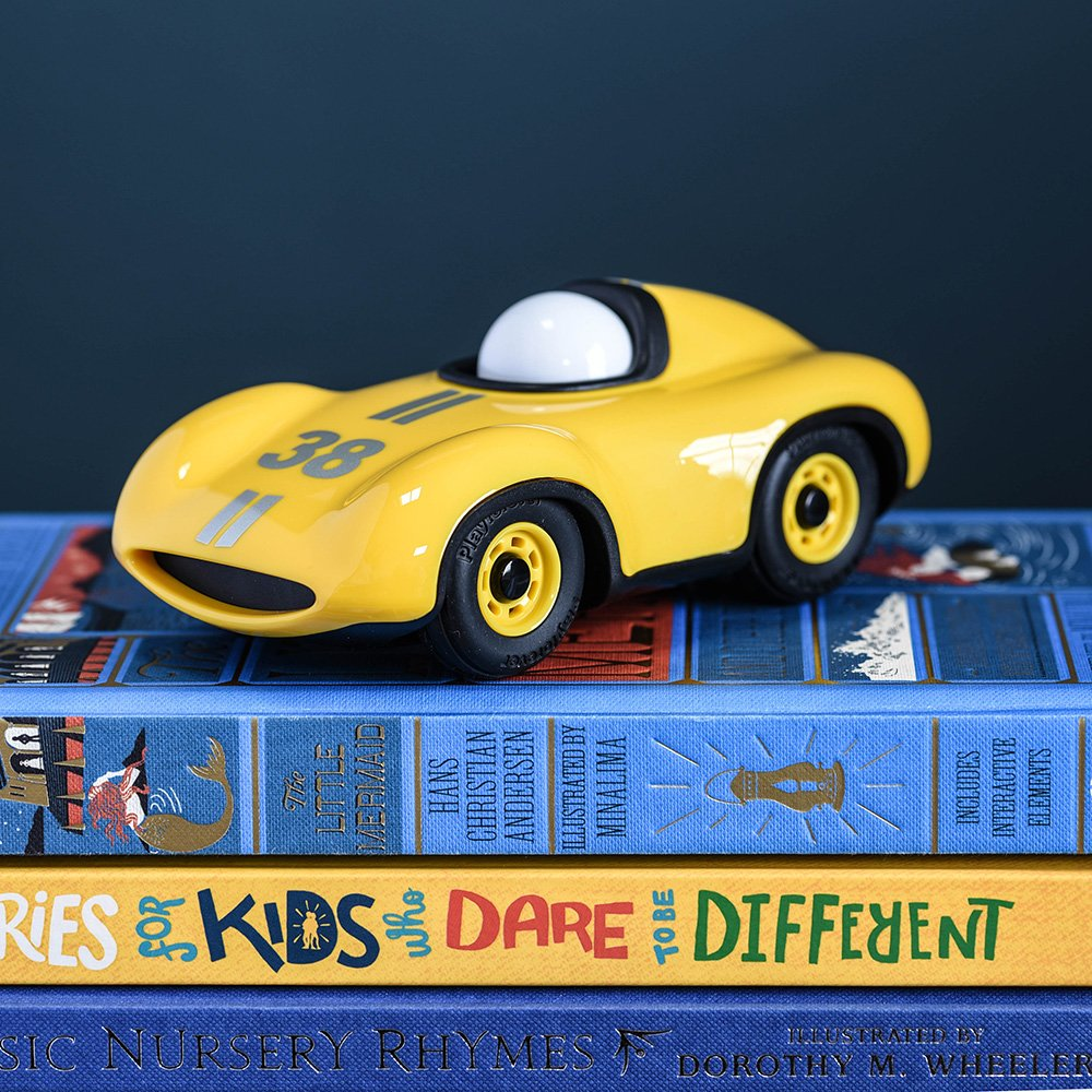 Toy Car Speedy Le Mans in Yellow