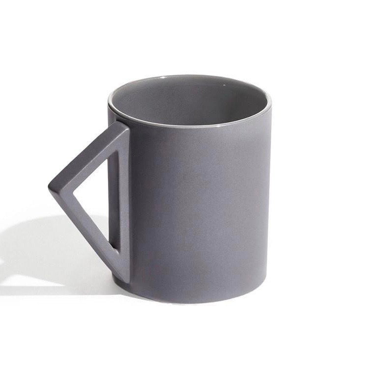 Load image into Gallery viewer, Geometric triangular handle mug 'Agnes' in grey