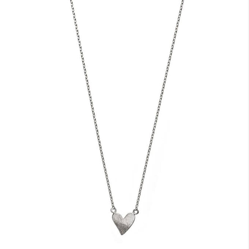 Heart necklace with heart pendant in silver