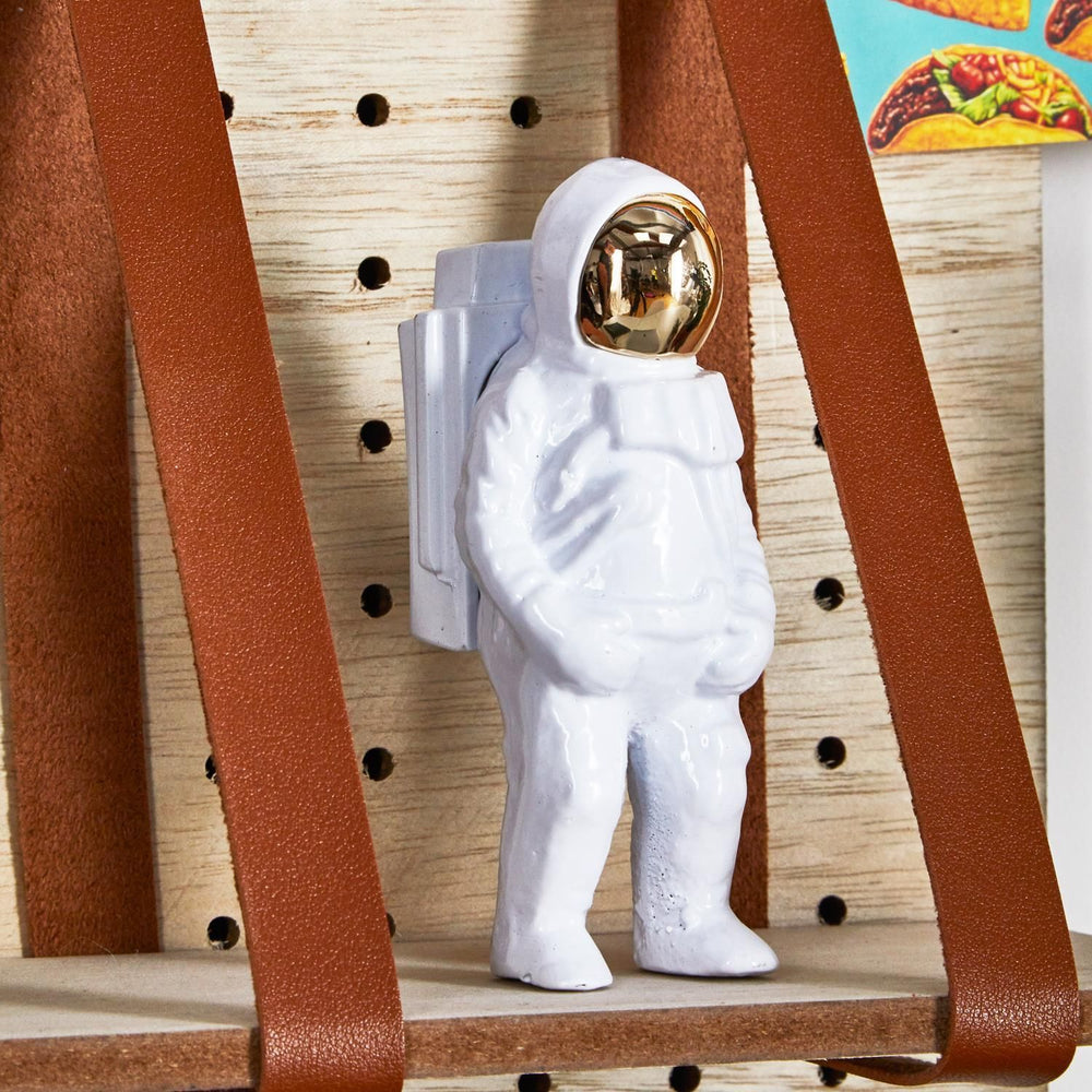 Load image into Gallery viewer, Bottle Opener Astronaut White