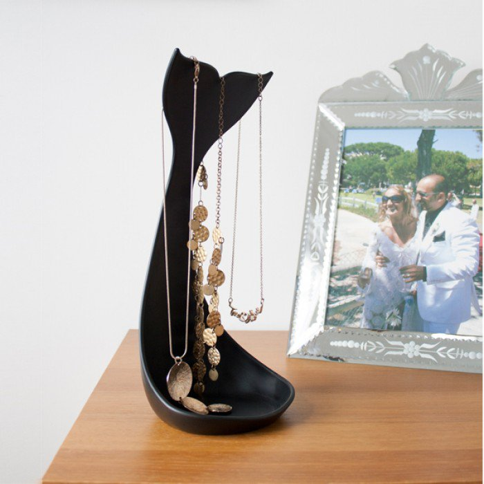 Whale necklace jewellery stand | Black