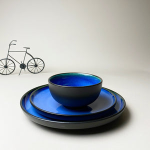 The Oceanic Blue Plates Set of Three with Bowl