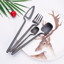 Load image into Gallery viewer, Black Matte Germanic Cutlery Set