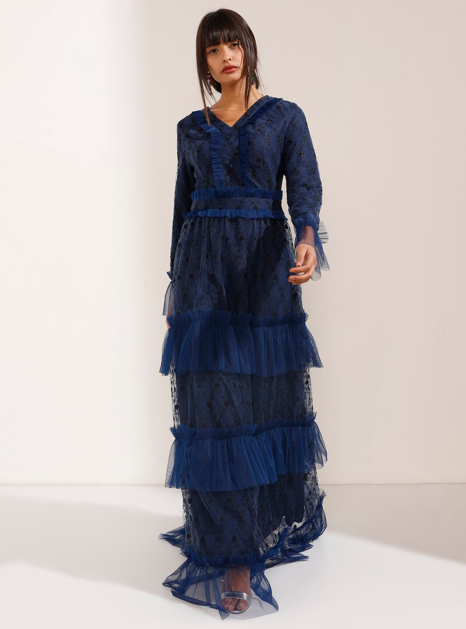 Multi - layered embroidered tulle maxi dress with tulle cuff - Store WF