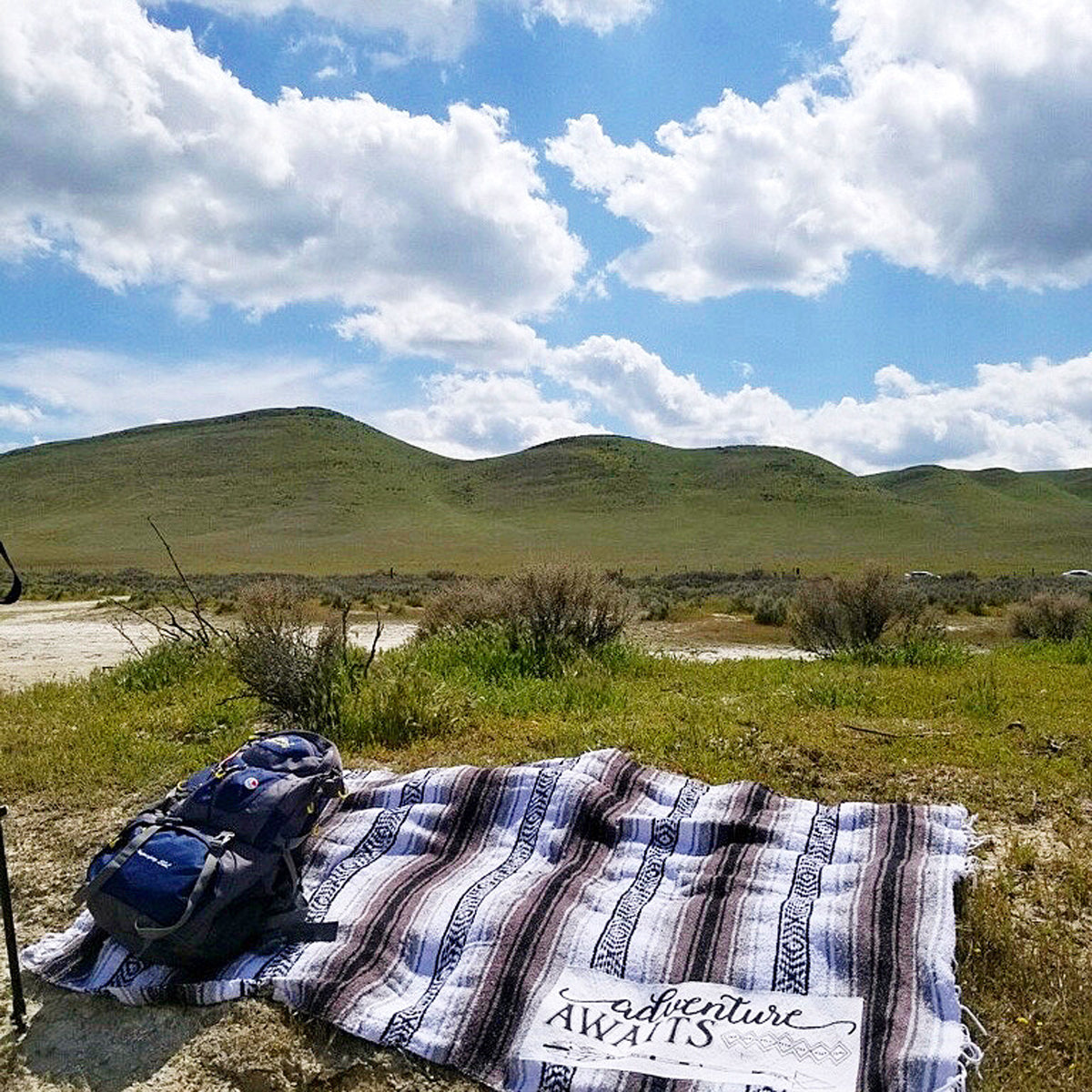Hiker's Adventure mexican blanket with backpack