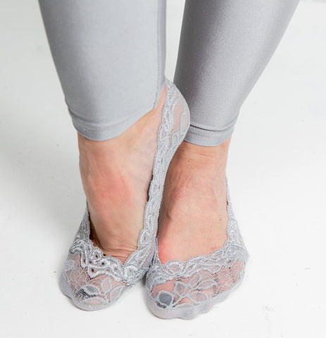 Lace Sockettes Three Pack