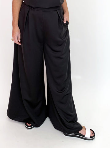Hayworth Wide Leg Pant - Black