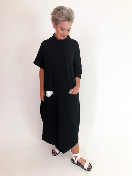 Sneaker Dress - Black/White Pocket