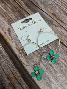 FLOWER DANGLE CIRCLE MINT EAR