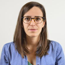 Woman Wears Pure Eyeglasses - Leone Eyewear