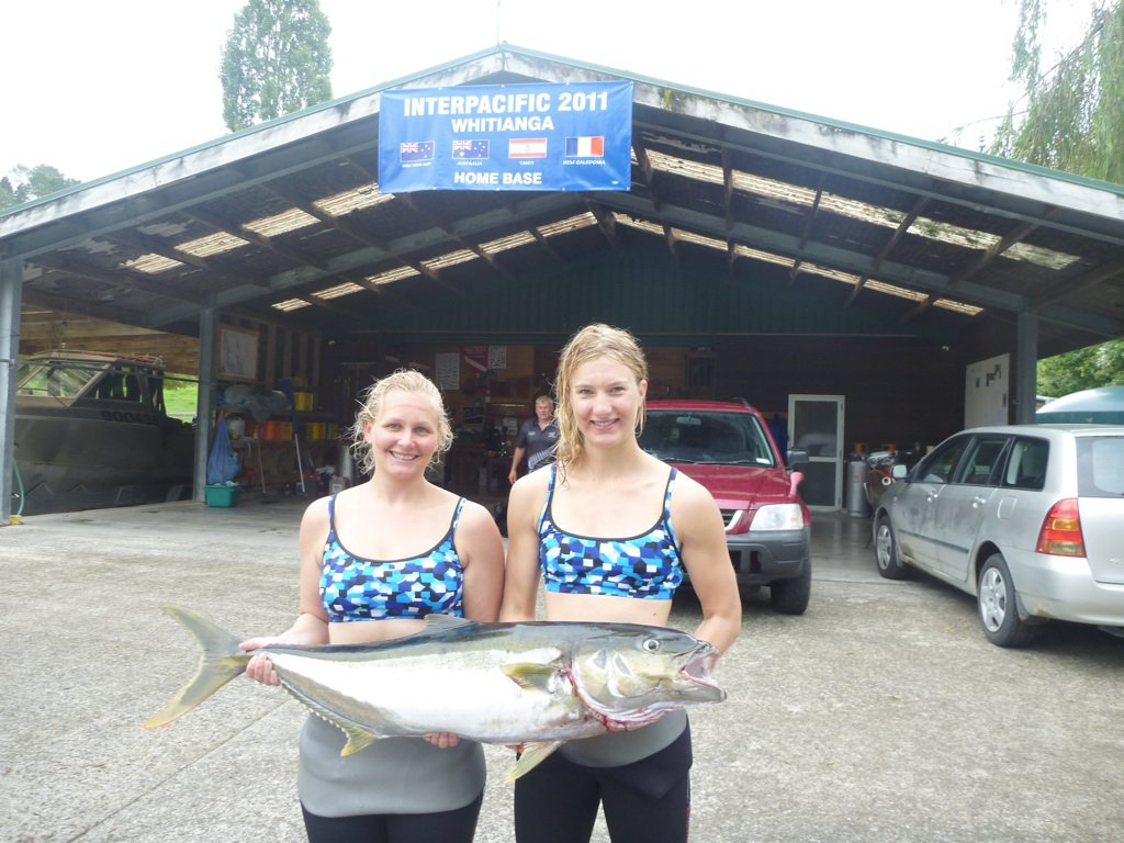 Kahlee and Chelsea with their 13kg Kingfish at the IPC