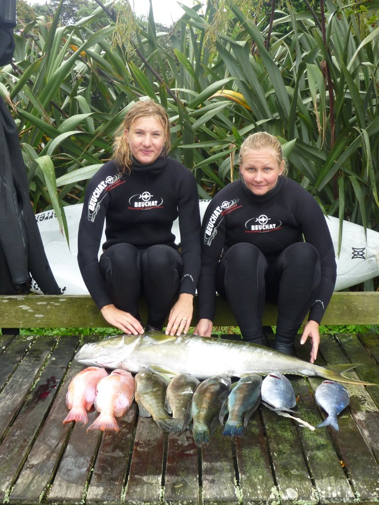 Chelsea and Kahlee with their catch of the day for the women's competition.