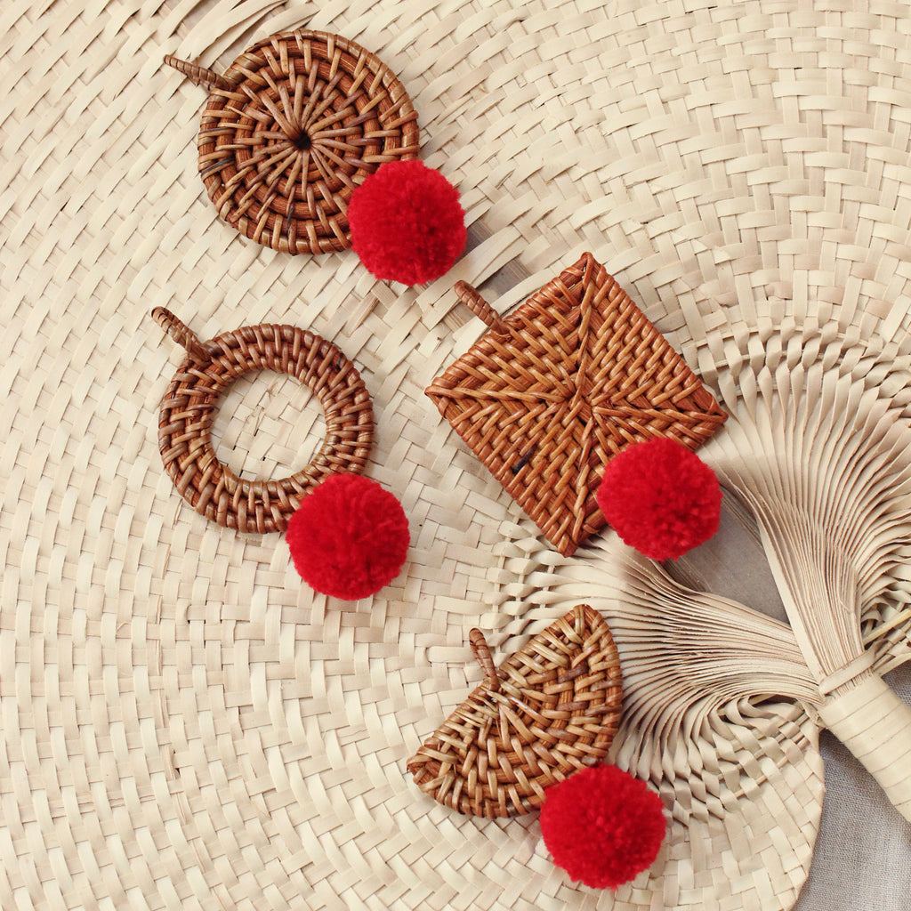 BALI X CALI Christmas Tree Ornament - Mix Set of 4 - with Red Pom-poms