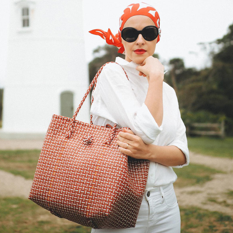 Toko Bazaar Woven Tote Bag - in Red & White