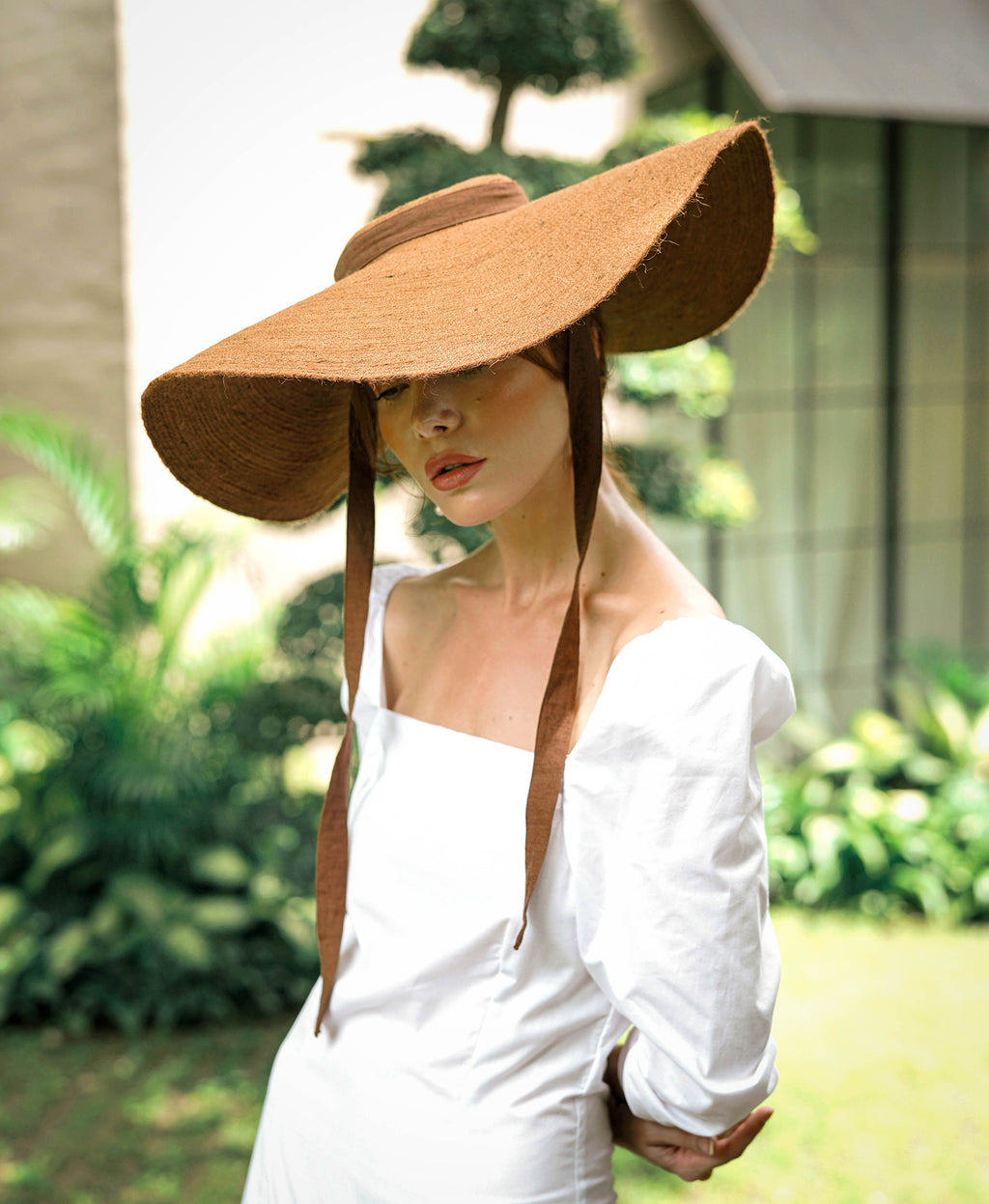 Lola Wide Brim Jute Straw Hat, in Havana Brown