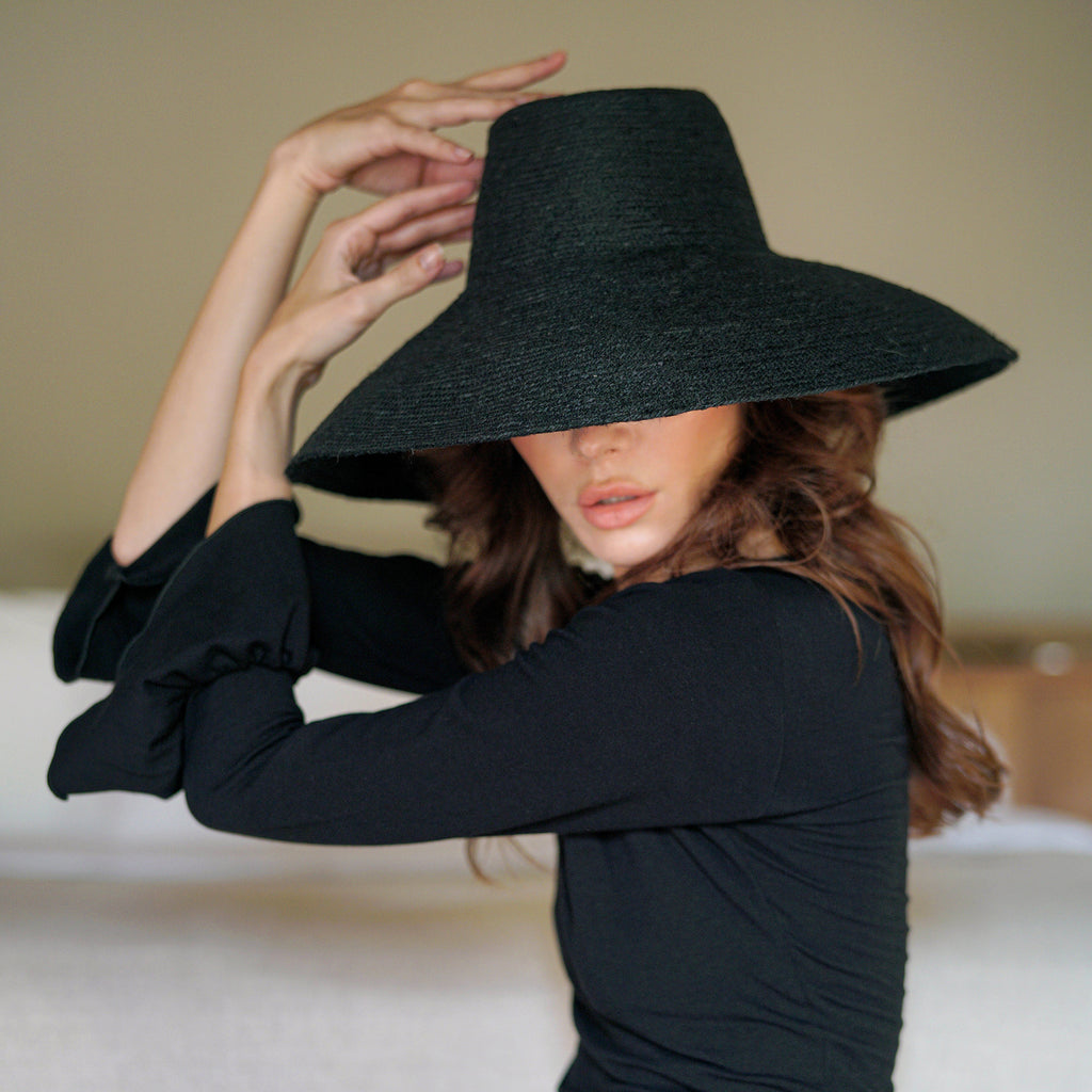 RIRI Jute Straw Hat, in Black