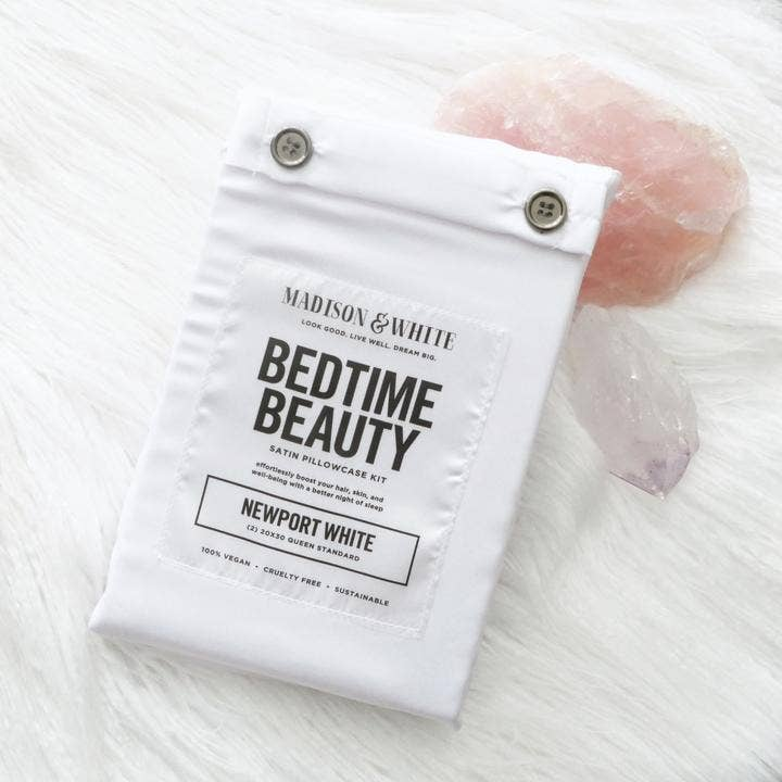 Satin Pillowcase Bedtime Beauty Kit In Newport White - megan-graham-beauty