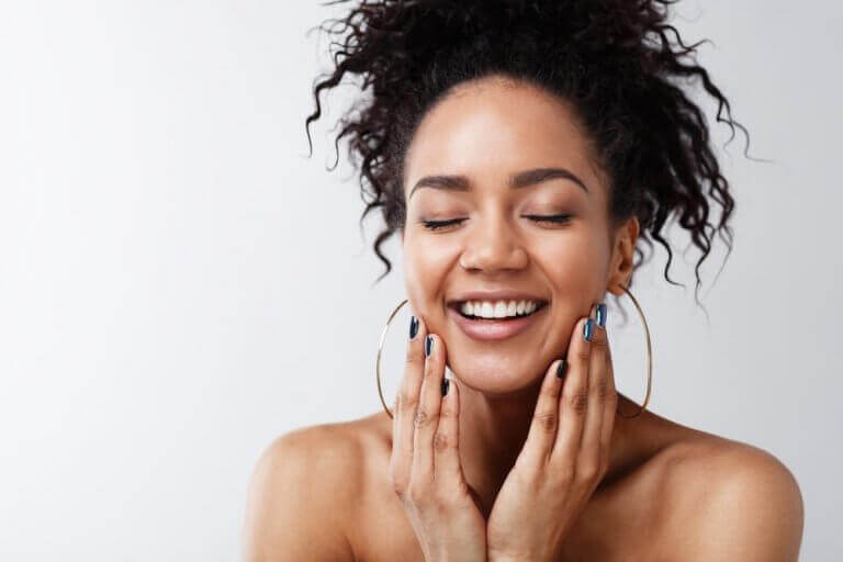 How to Switch to Clean Beauty in 2021