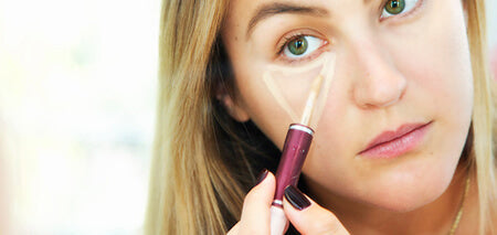 Conceal dark circles, by drawing triangles under your eyes.