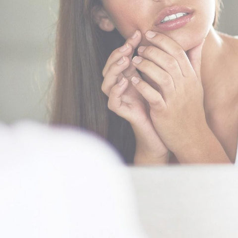 Dry Lips Causes| When Chapped Lips Are a Sign of Something