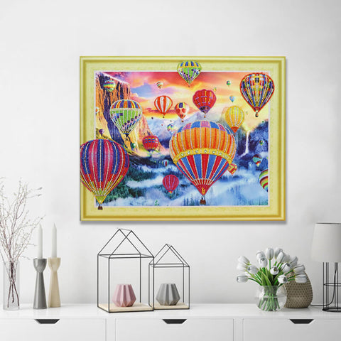 Hot Air Balloons (Partial Drill - Special Diamonds)