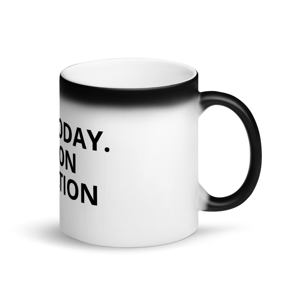 ON VACATION Magic Mug - The Shaka Company