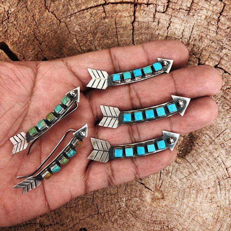*ARROW TURQUOISE EAR CLIMBER/ EAR CRAWLER