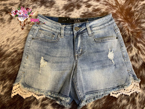 DAISY DUKE DENIM SHORTS