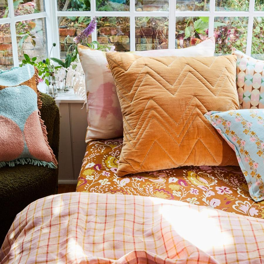 Cushion Lea Velvet Sham Toffee
