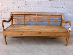 Bench Seat Traditional Style