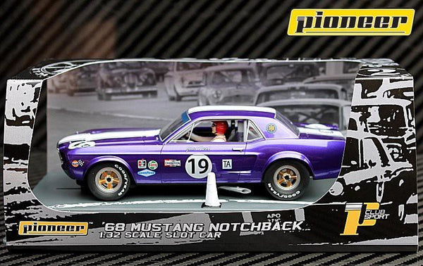 Pioneer P48 mustang notchback #19 Jim West