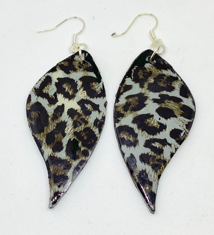 Animal Print Leaves