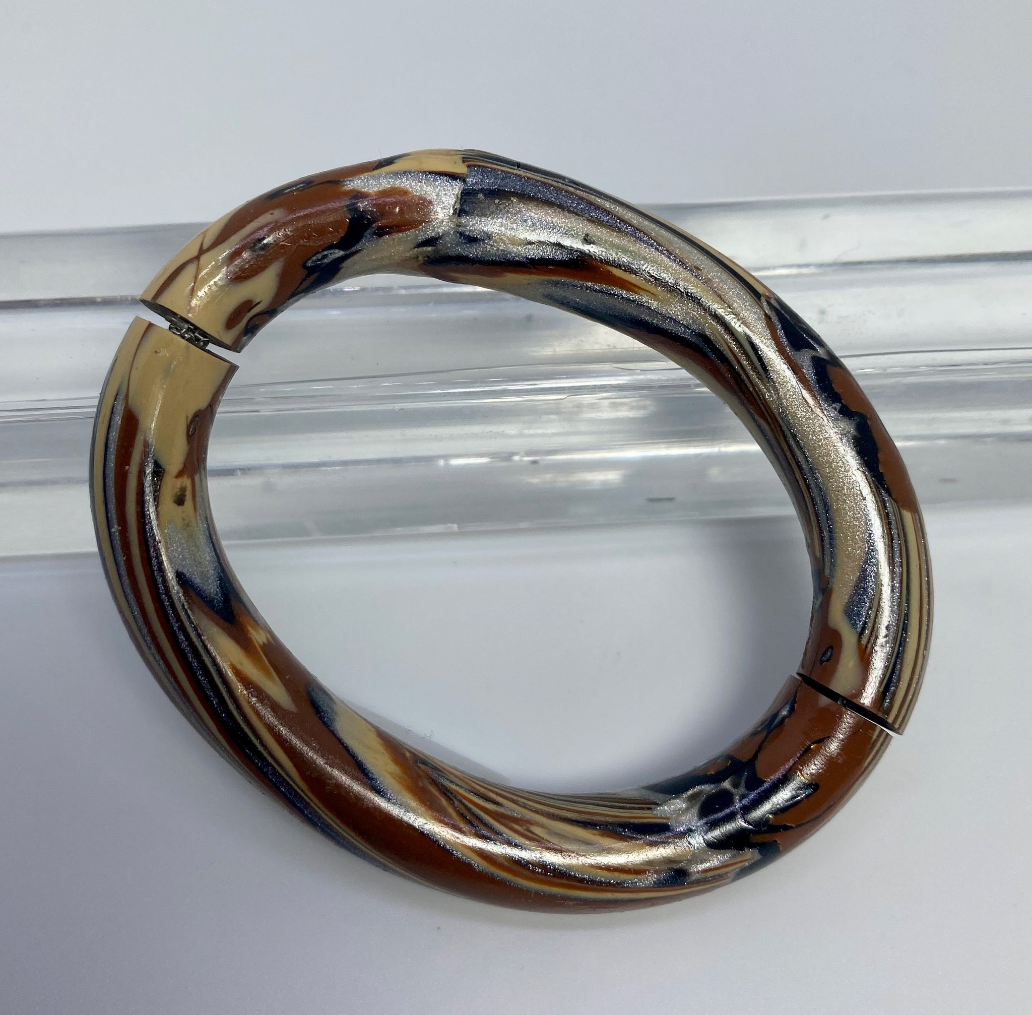 Earthy Split Bangle 2