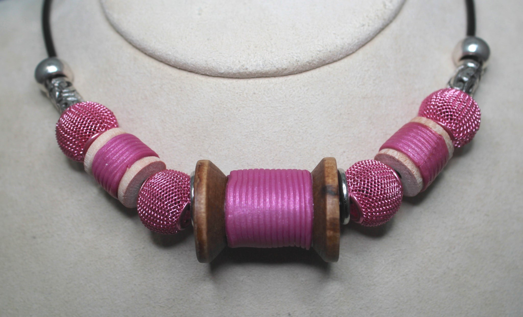 Magenta spool necklace