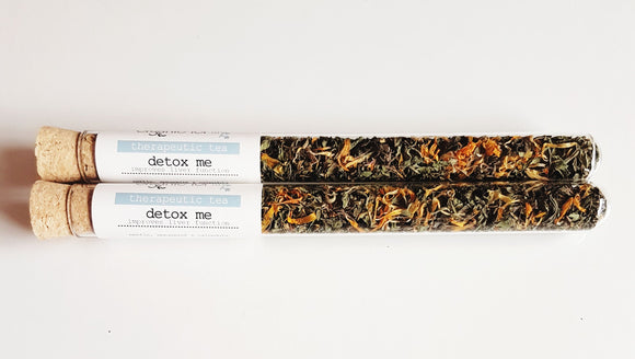 DETOX ME THERAPEUTIC TEA IN A TEST TUBE - seo-img