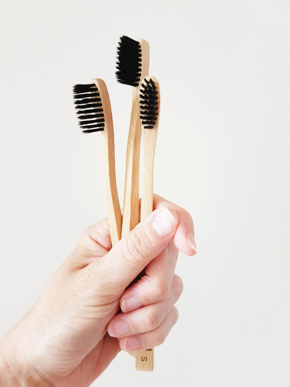 ECO BAMBOO + CHARCOAL TOOTHBRUSH - MEDIUM BRISTLE - seo-img