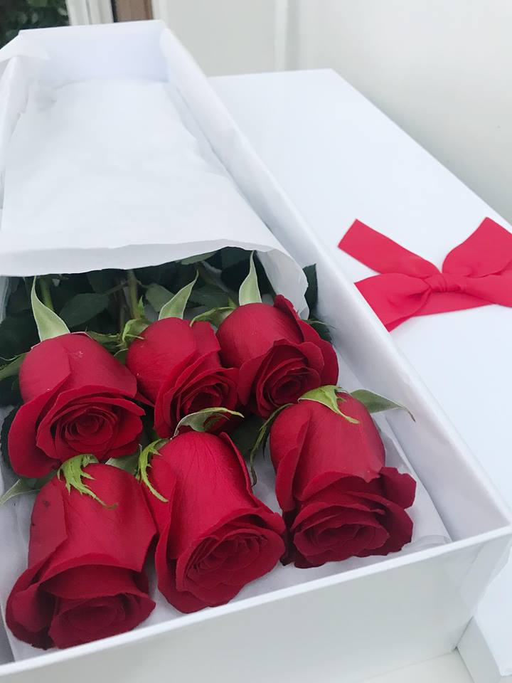 So In Love Box: 6 Roses