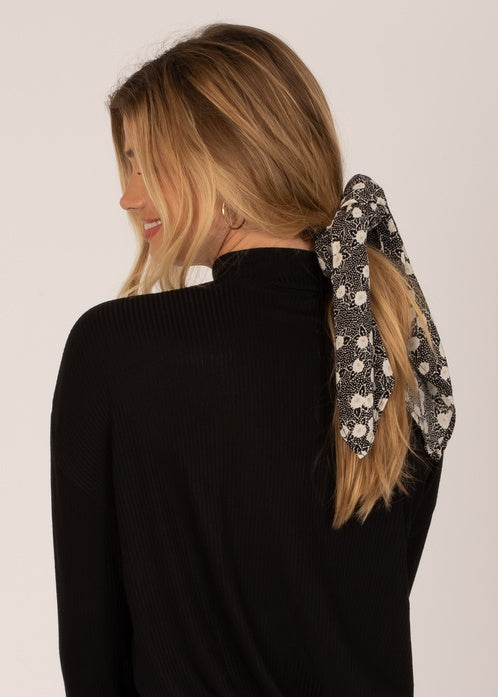 Up and Back Scrunchie Scarf
